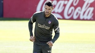 Vitolo, en un entrenamiento con el Atlético.