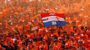 Fans de Verstappen en las gradas del circuito austriaco.