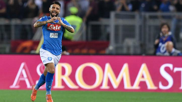 Lorenzo Insigne celebrando un gol con el Nápoles.