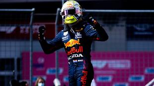 Verstappen celebra su triunfo en el GP de Austria.