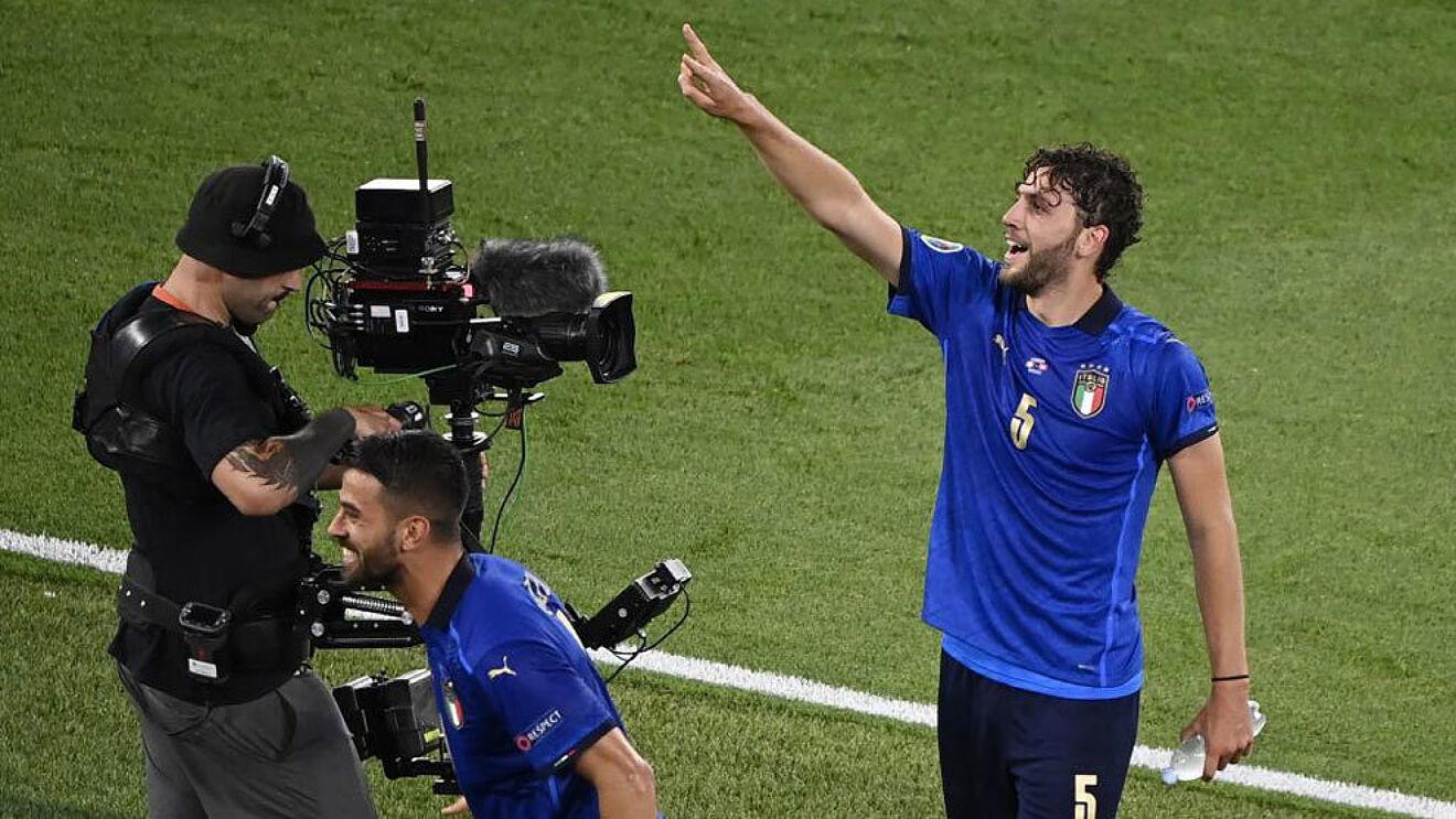 Manuel Locatelli celebrando un gol con Italia en esta Eurocopa.