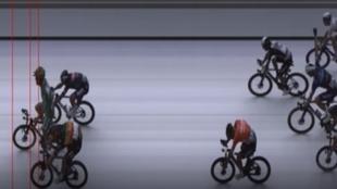 Ni un día tranquilo en el Tour: Pogacar sufre en un nuevo éxito de Cavendish