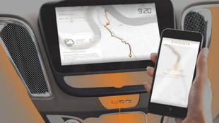 Imagen del ordenador de a bordo de Embark y de la app móvil