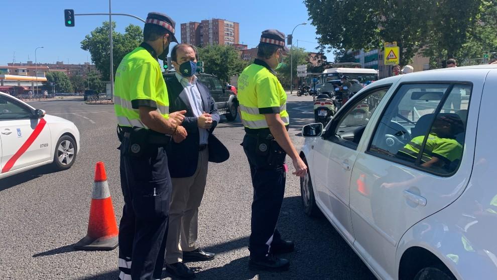 Policia anti-humos - Madrid - contaminación - agentes de movilidad - ITV
