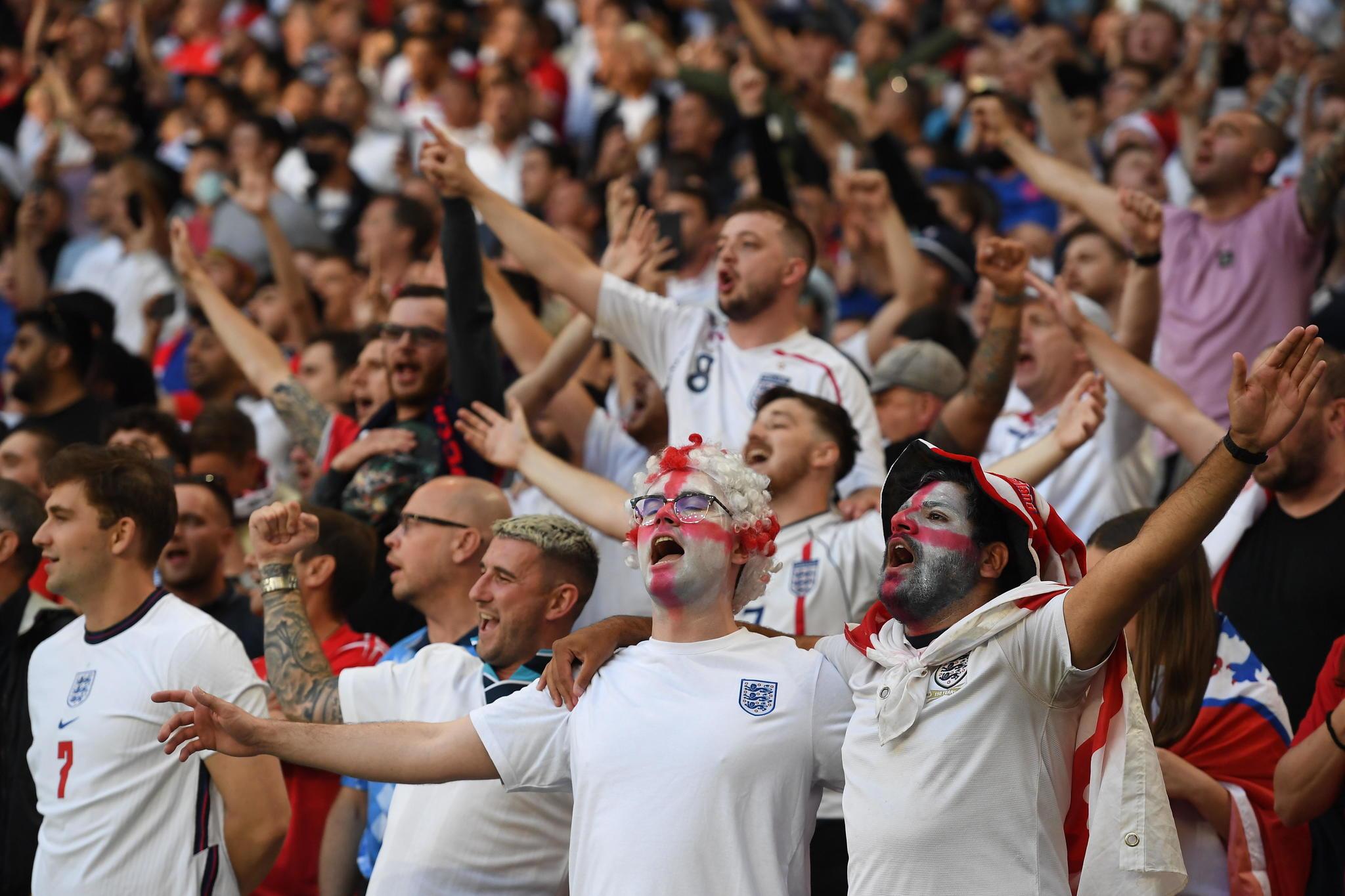 La afición inglesa en Wembley.