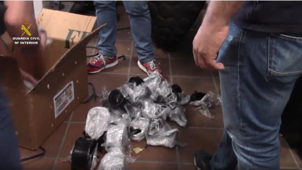 Cocaina - piezas de coche - droga - narcotrafico - Guardia Civil - Metal Cars
