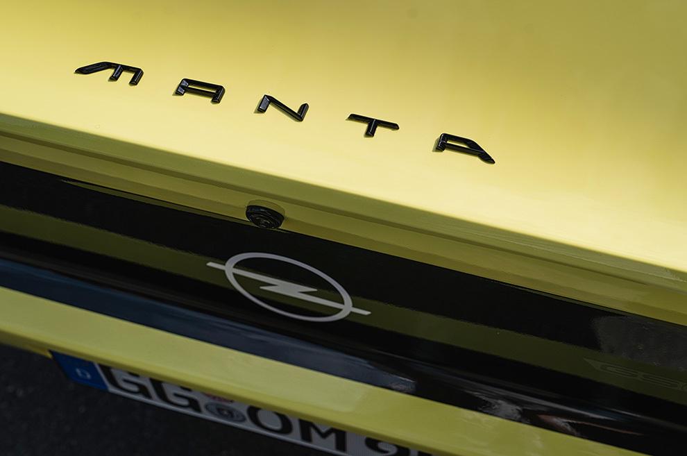 Opel Manta - Opel Manta GSe - Restomod - elektromod - eléctrico - deportivo - revival