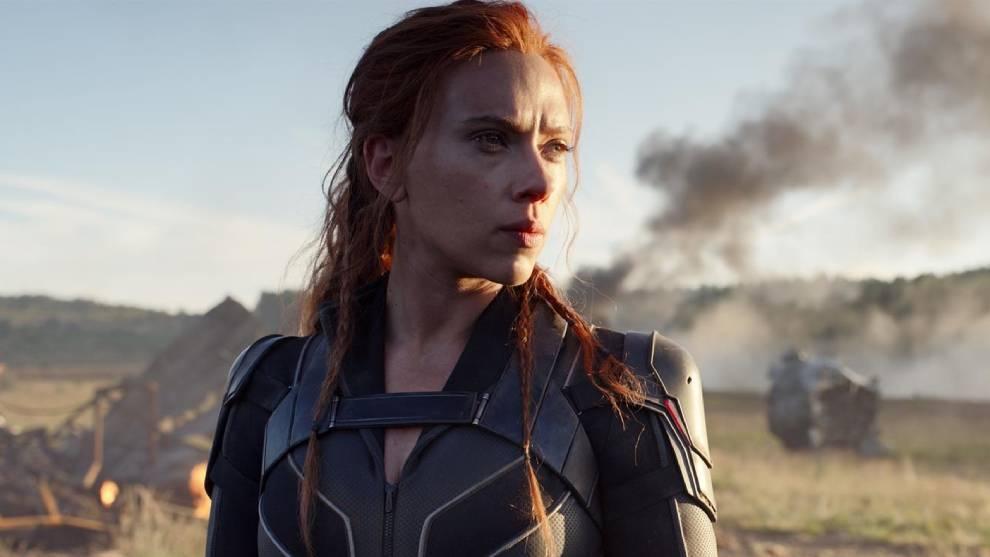 Scarlett Johansson, durante una escena de la película de acción 'Viuda negra' /