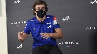 Fernando Alonso, en la rueda de prensa de Alpine en Barcelona.