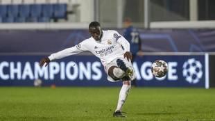 Mendy, en su gol al 'Gladbach' en Champions la temporada pasada.