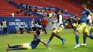 Colombia's Luis Diaz celebrates scoring his side's third...
