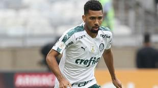 Matheus Fernandes, en un partido con el Palmeiras.