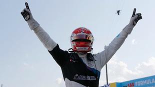 Max Gunther, tras ganar el primer ePrix de Nueva York.