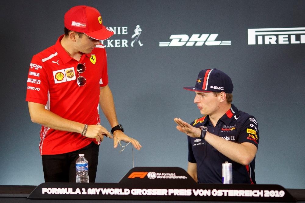 Leclerc y Verstappen en rueda de prensa en 2019