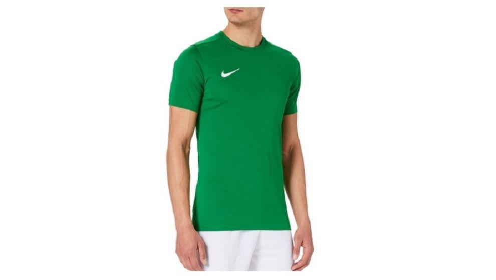 Calvin Klein, Levi's, Under Armour, Tommy Hilfiger... Las diez camisetas más vendidas de Amazon para estar fresco (y  a la última) este verano