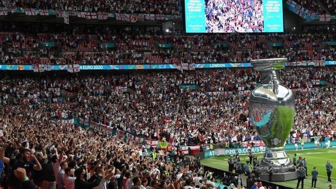 El estadio durante la final, a rebosar.