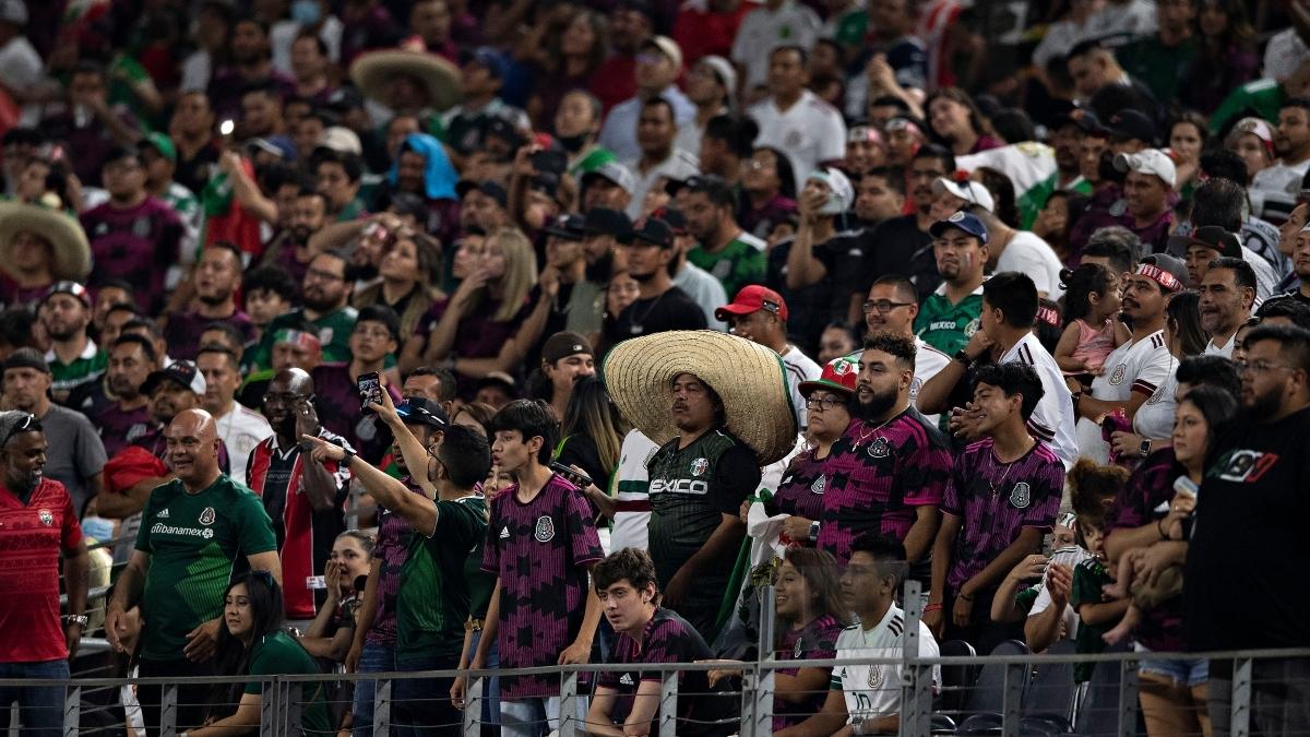 La selección mexicana jugará con público ante Guatemala en la Copa Oro.