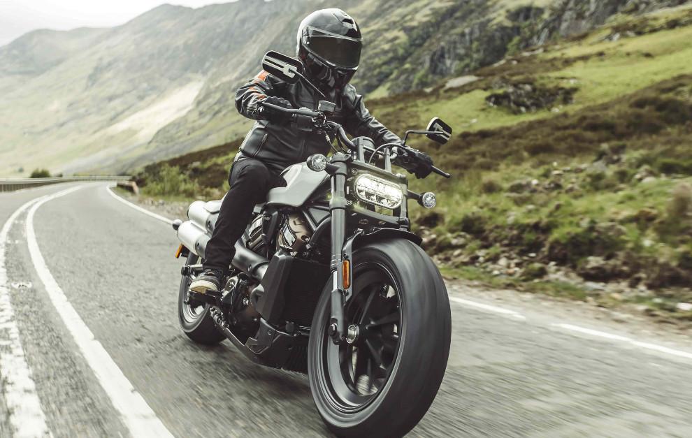 Harley-Davidson Sportster S - Motos custom