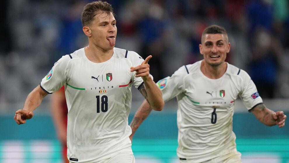 Nicolo Barella celebrando un gol con Italia en esta Eurocopa.