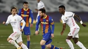 Messi, Vinicius, Modric and Pedri in the last Clasico of 2020/21