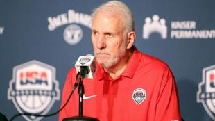 Gregg Popovich (73) se mostró satisfecho por la imagen de su equipo.