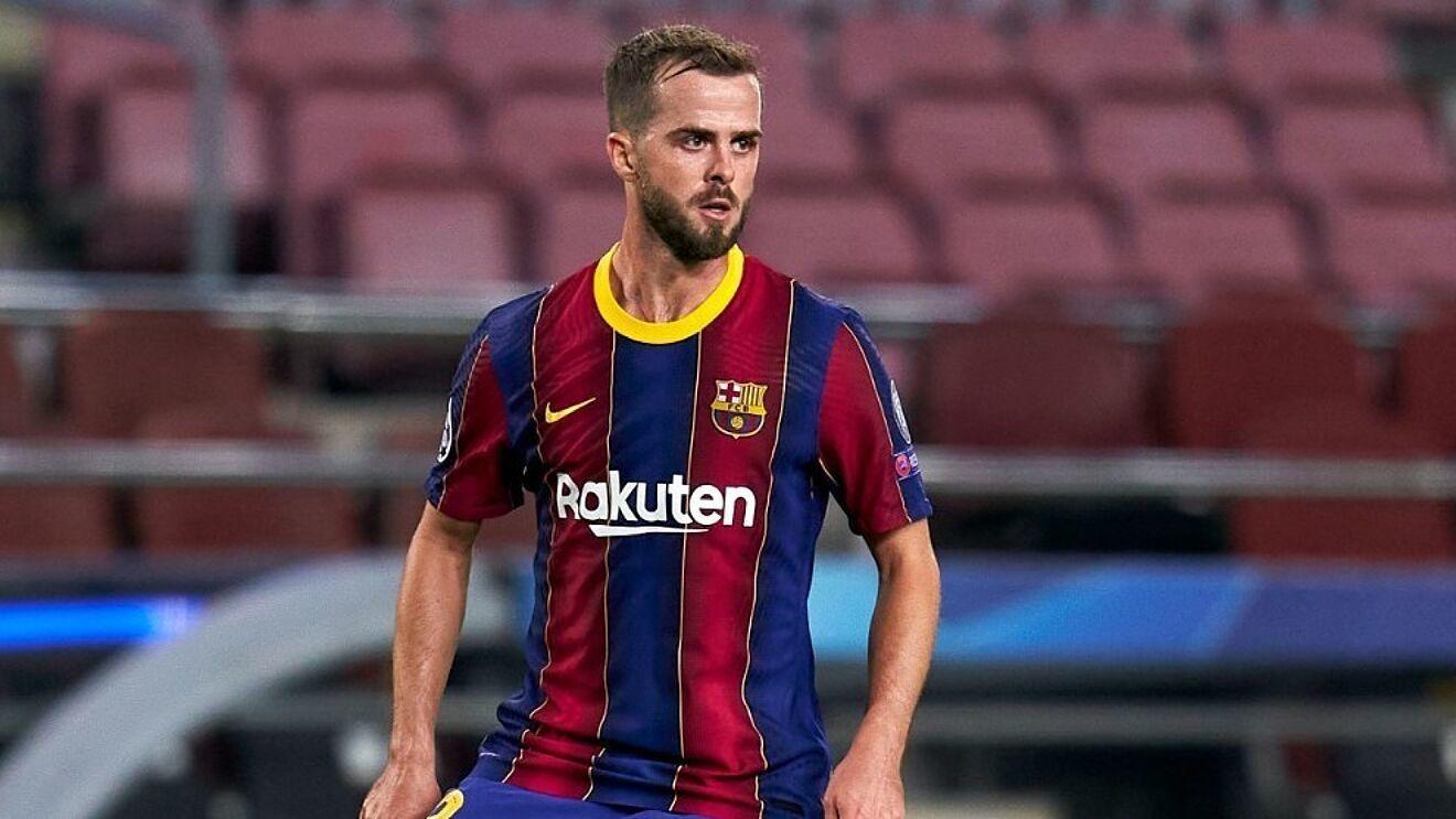 Pjanic (31) durante un partido con el FC Barcelona.