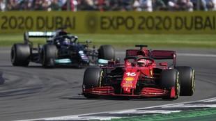Leclerc, por delante de Hamilton, en el final del GP de Gran Bretaña...