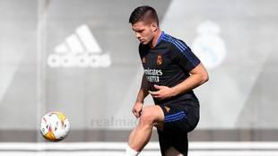 Jovic during training.