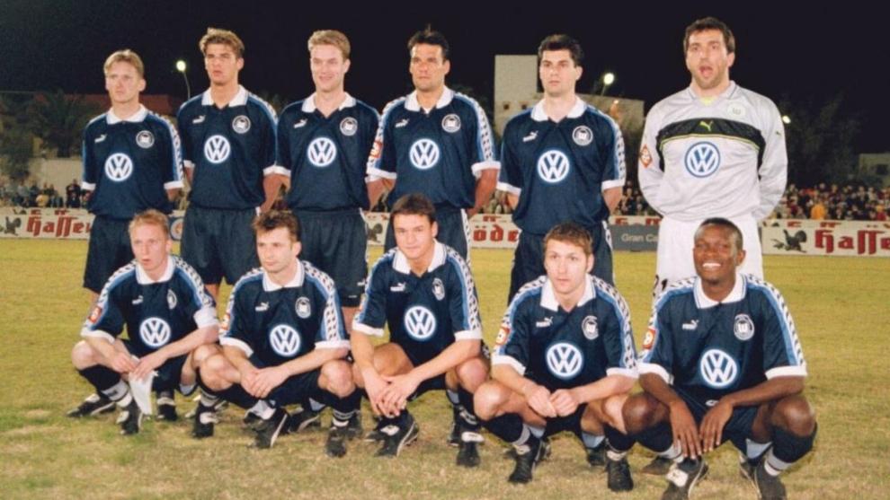 Once del Wolfsburgo en la temporada 1998-1999.