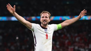 Kane celebra un tanto con Inglaterra en la pasada Eurocopa.