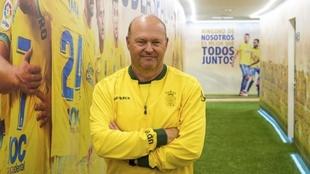 Pepe Mel en el túnel de vestuario de Las Palmas.