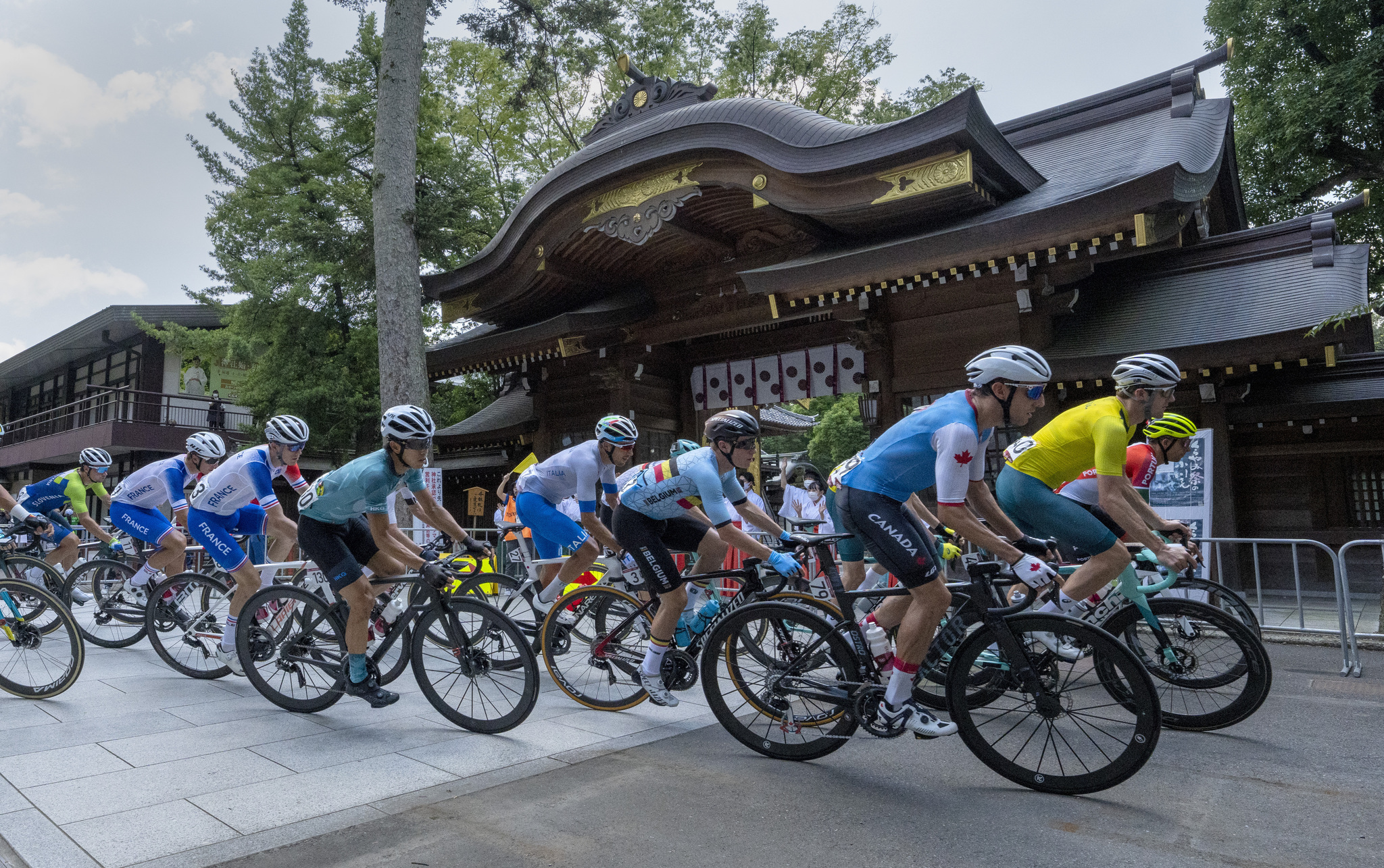 El pelotón durante la prueba de ciclismo en ruta