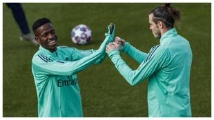 Vinicius y Bale, durante un entrenamiento en la temporada 19-20.