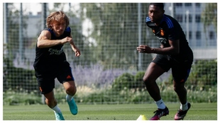 Modric training at Valdebebas