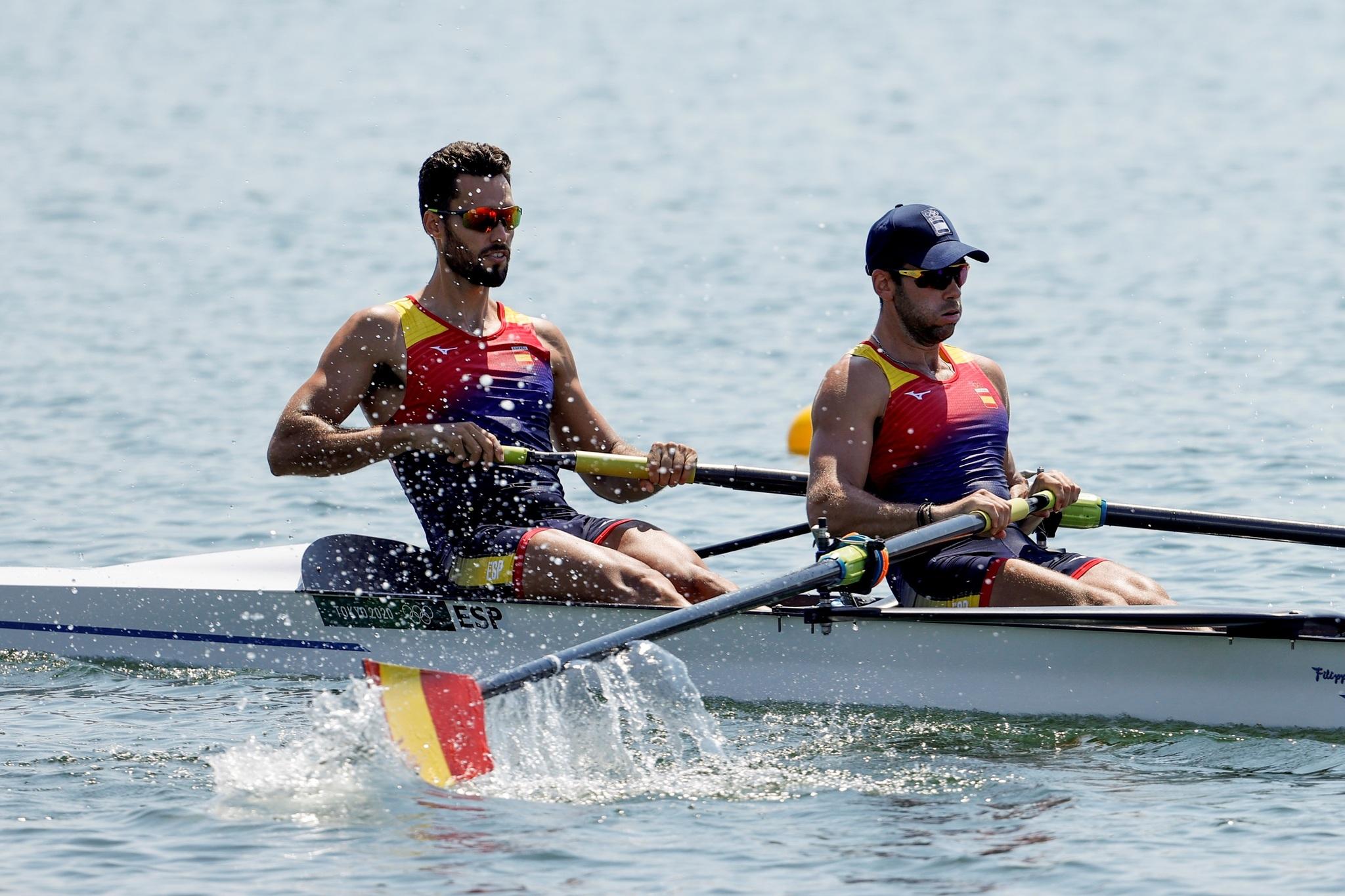 Jaime Canalejo y Javier García durante el dos sin timonel masculino de remo