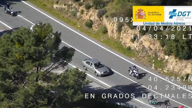 Atención, motoristas: la DGT os vigila de cerca y esto es lo que no podéis hacer