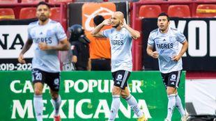 Tigres vence fuera de casa a los Xolos de Tijuana.