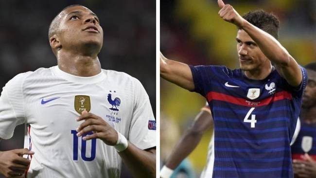 Mbappé y Varane, con la selección francesa.