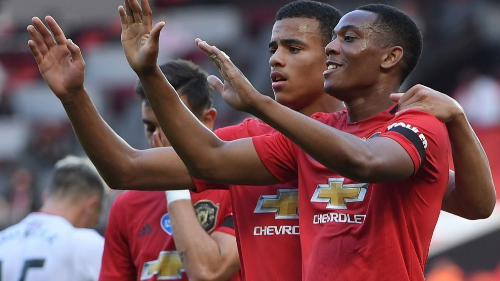 Anthony Martial celebrates a goal for Manchester United in the 2020/21 season.