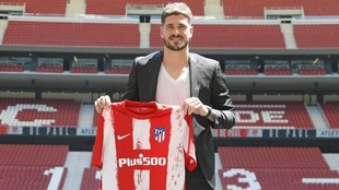 De Paul with the Atletico Madrid shirt