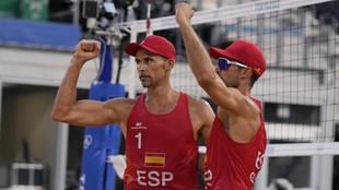 Herrera y Gavira celebran su victoria ante los australianos