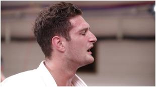 Niko Shera, tras el combate.