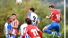 Una imagen del amistoso disputado en Mareo entre dos equipos que se...