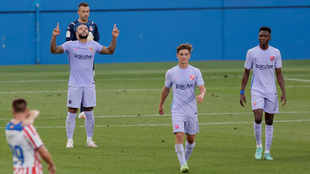 Depay festeja un gol en el Johan Cruyff.