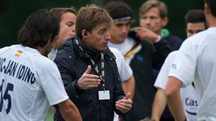 Xavi Arnau durante su etapa como entrenador en Bélgica