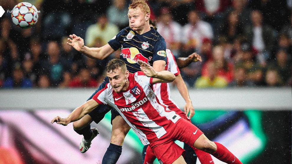 Sergio Camus taponando un ataque de los austriacos.