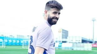"""Piqué: """"Espero que Messi esté convencido y podamos tenerlo pronto con nosotros"""""""
