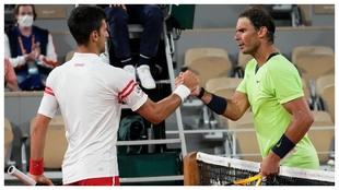 Djokovic y Nadal se saludan en la red