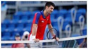 Djokovic, exhausto en la red