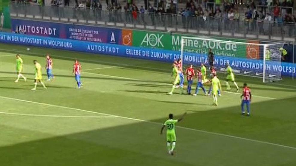 Weghotst adelante al Wolfsburgo